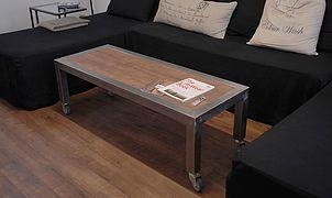Необычная мебель для интерьера в стиле лофт, индастриал и скандинавия. Полки и вешалки, рейлы для одежды, столы, табуреты и консоли из дерева и металла.
