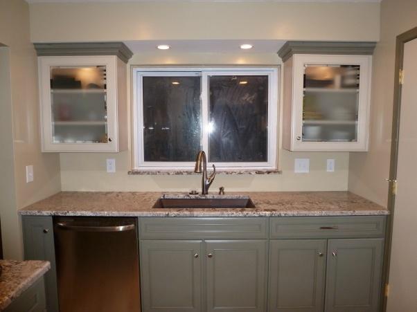 Dishwasher Granite Countertop : bottom cabinets with GE dishwasher. Bianco Antico granite countertop ...