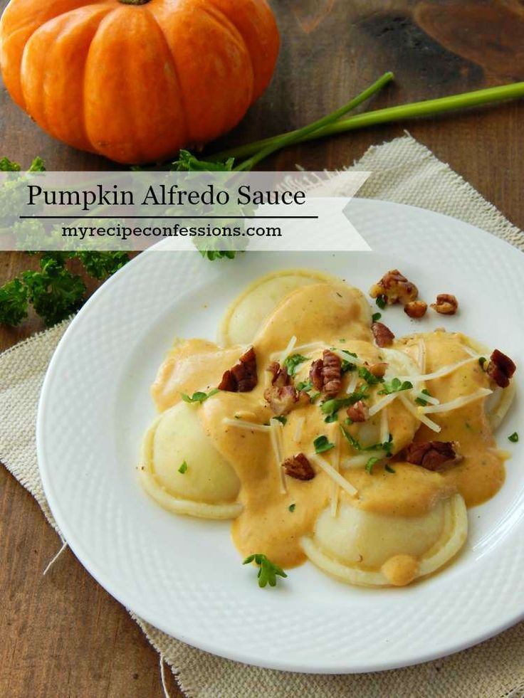 This Pumpkin Alfredo Sauce that will put all your other pumpkin recipes to shame. I bet you never thought you would add a pumpkin dish to your dinner recipes. The sauce is so creamy with a subtle sweetness of pumpkin. It is warm, comforting and the perfect meal for a chilly fall night!