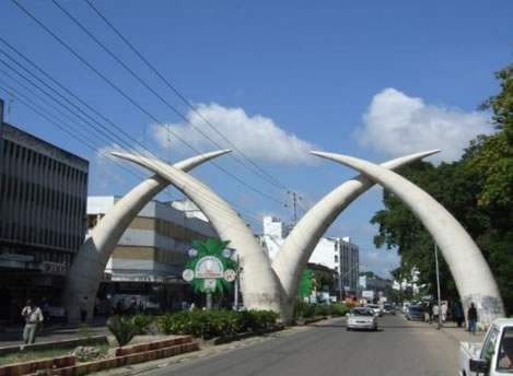 A half day city, environs discovery, orientation and shopping excursions.    An opportunity to enhance your knowledge of the Kenya coast's social composition and history.  http://www.naturaltoursandsafaris.com/kenya_safaris.php