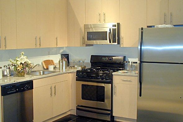 3 bedroom rental at Washington Street, Financial District, posted by Abe Kowler on 12/03/2013 | Naked Apartments
