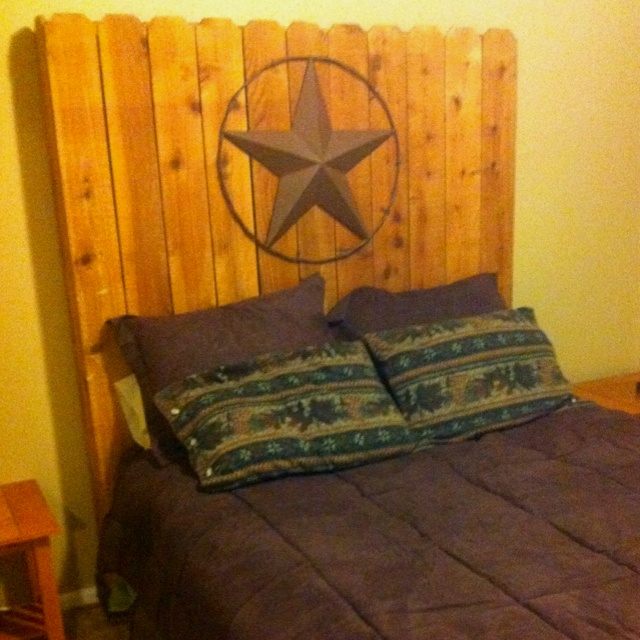 I love Habitat For Humanity Restore!!! Here's our new guest bed headboard. Other rustic decor coming soon!
