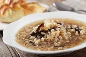 Supa cu orez si galbiori