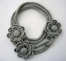 collana fiori uncinetto - Cerca con Google