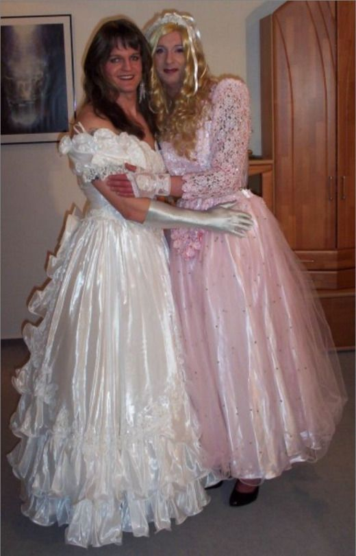 sissy brides bride transgender satin crossdresser bridal tv dresses couple angels cute couples friend gowns transvestite prom tell robes room