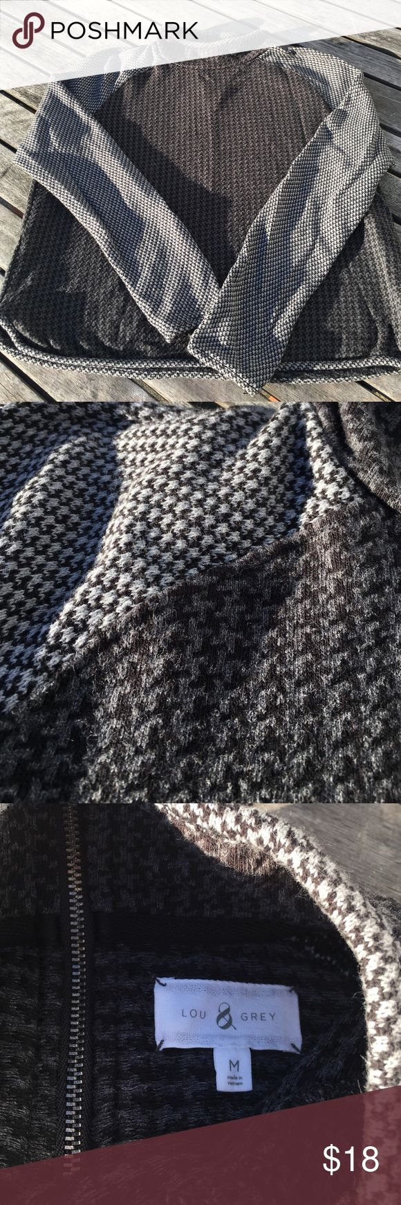 Mock Neck Houndstooth Pullover Soft and neutral in a classic pattern. Super comfy and easy to wear knit top. Zipper at back of neck. Bey good used condition - no rips, stains or issues. Lou & Grey Sweaters Cowl & Turtlenecks