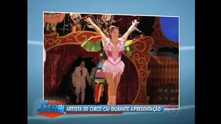 Acrobata cai de altura de 2,5m no circo de Marcos Frota no Rio - Vídeos - R7