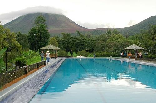 Lokon Boutique Swimming pool.Flores - Indonesia
