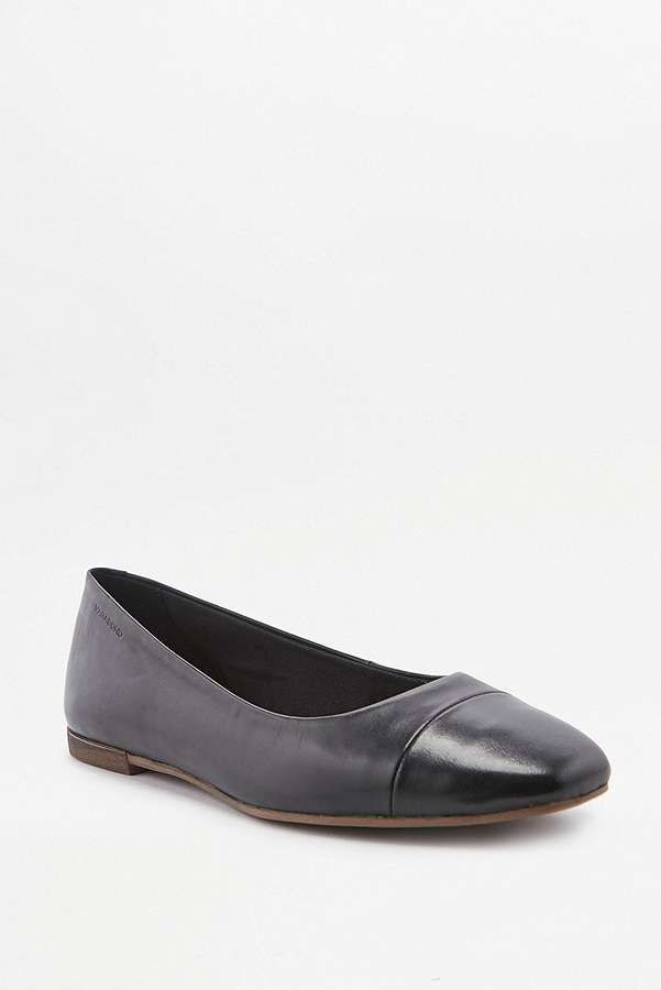 Slide View: 1: Vagabond Ayden Black Leather Ballet Shoes