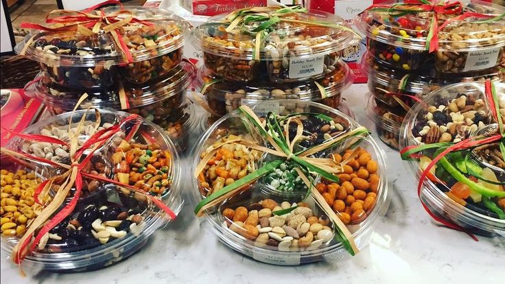 Whether you're watching the NFL games tomorrow, or trying to keep the family away from the turkey until dinner, pick up one of our Holiday Snack Trays. They're filled with a variety of mixed nuts, dried fruits and candies for your snacking pleasure.  Goes great with an ice cold brew!  #snacklocal #raleigh #thanksgiving #familytime #pistachios #cashews #fingerfoods #nomnom #coldbeer