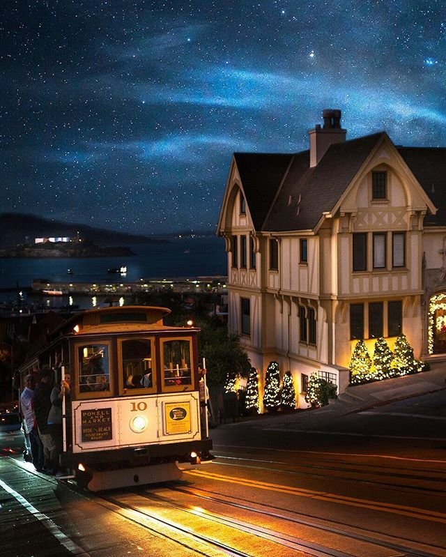 Christmas by the Bay... Russian Hill, San Francisco