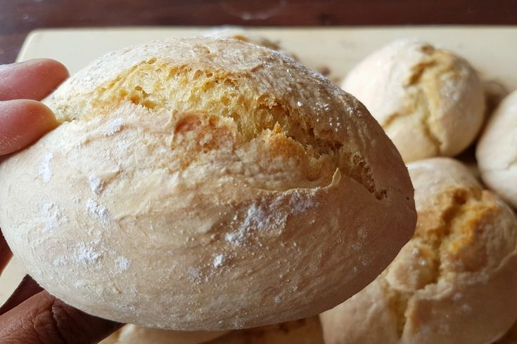 RECEPT: knapperige Surinaamse witte puntjes (5 minutes a day no knead bread )