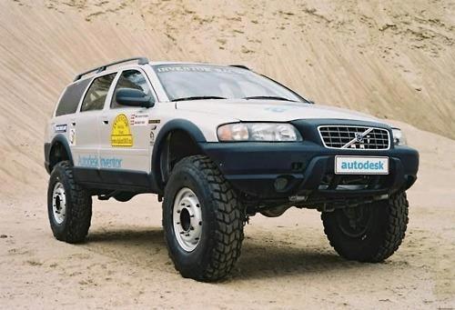 Volvo 4x4 with portal axles