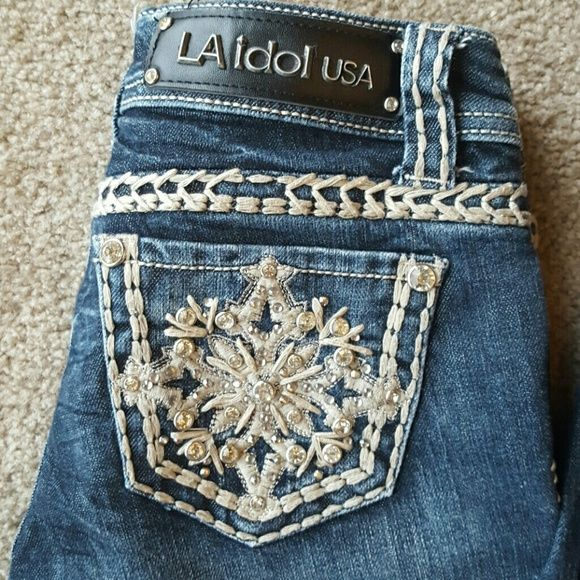 LA Idol Jeans Brand new without tags, size 26x33. Super cute! Jeans Boot Cut
