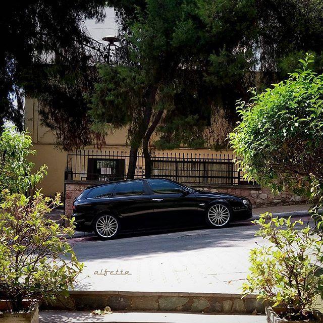 Constantine loves the passion and speed of his Alfa Romeo 156 Sportwagon! (via @8eios)