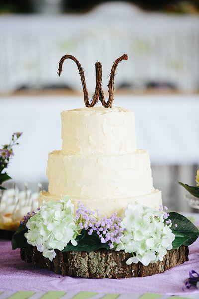 Love the rustic cake topper