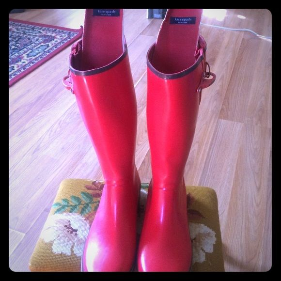 AUTHENTIC KATE SPADE RED/BR. RAIN BOOTS SZ. 9 PERFECT FOR JUST A FASHION STATEMENT, RAIN . DURABLE, WATERPROOFED AND SUPER CUTE!!! kate spade Shoes Winter & Rain Boots