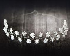 181_Crystal flower diadem, White floral crown, Bridal diadem, Silver wedding diadems, Fairy crown, Crystals bridal crown, Floral diadem.