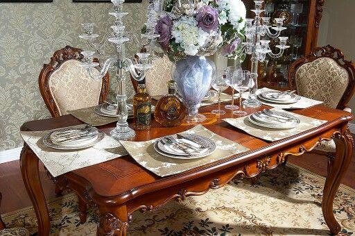 Duży, rozkładany stół z serii Bruno Saletti do kupienia w promocyjnej cenie! Może to dobry pomysł na przedświąteczny prezent? :)      #Bemondi #sklepmeblowy #meble  #stół  http://www.bemondi.pl/produkt/stoly/rozkladany-stol-2-4m-bruno-saletti-21a,869.html