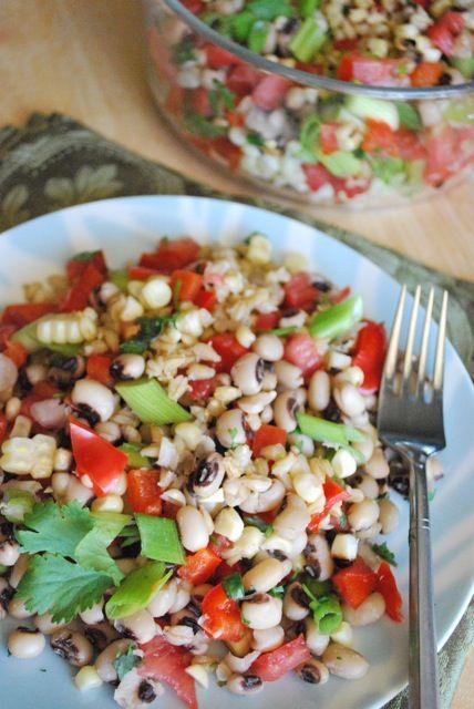 Seasonal Potluck: Super Healthy Lunch Salad