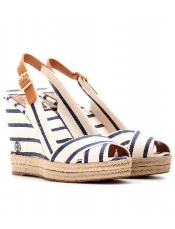 These Tory Burch shoes would be perfect for late night beach party :) #BHCBeachDays