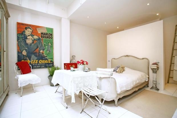 This Is How My Room Will Be All White With Pops Of Color Bedroom Ideas Pinterest Master