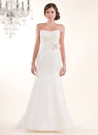 Wedding Dress: Alencon Lace, Winnie Chlomin, Gowns Features, Diamonds Labels, Swarovski Crystals, Wide Bands, Wedding Dresses Photo, Crystals Appliques, Lace Gowns