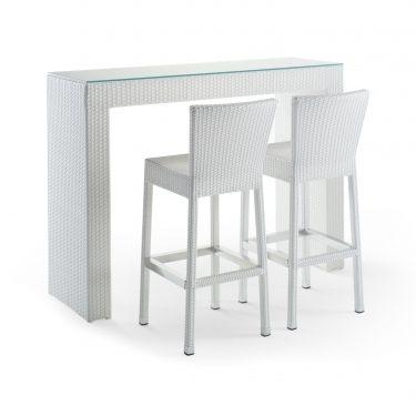 #Tavolo Tiglio e #Sgabello Cedro white. Per l'#arredamento del tuo #bar o del tuo #giardino