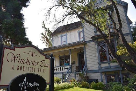 An inn and restaurant combination in Ashland, Oregon  #ifwtwa
