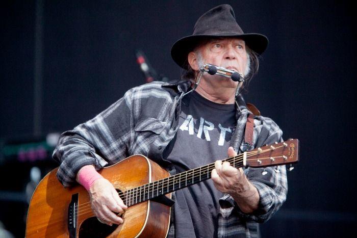 Crónica de la última jornada de MadCool, con Neil Young,  Two Door Cinema Club,  Capital Cities...  MadCool: jueves  MadCool: viernes  Foro de MadCool