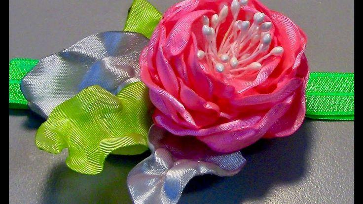 Rosa de fitas de cetim e  Pistilhos  para o cabelo - DIY