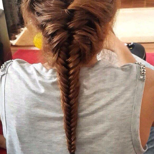 Sac orgusu uzun sacin vazgecilmezi #hair #hairstyles #haircolor #healthyhair #hairstylist #hairstyle #saç #örgü #tarz #moda #fashion #fashionblogger #makeup #makeupartist #trend #magazine #best #style #güzel #mutlu http://turkrazzi.com/ipost/1524902842758189291/?code=BUpiw5jldDr