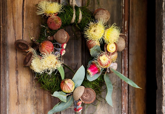 Celebrate our beautiful Australian native flowers this Christmas with this stunning homemade wreath.