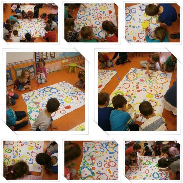"""Hoy os enseñamos la segunda parte de nuestra taller de grafismo """"CAMPO DE FLORES"""" . Volvimos a colocar los paneles en el centro ya sec..."""