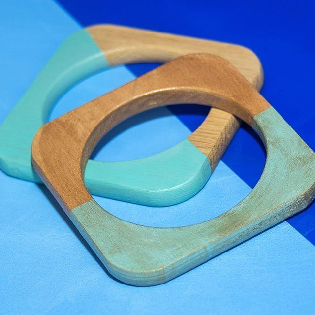 #shewoods #psyrri_athens #blue #inspiration #bracelets #effieyele #art #handmadejewelry #handpainted #wooden #jewellery #shewoods