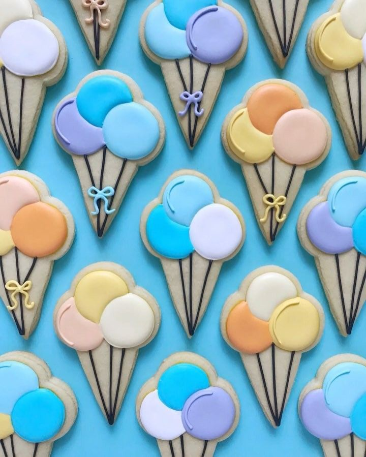 """1,073 Likes, 13 Comments - HOLLY FOX (@hol_fox) on Instagram: """"quick take balloon cookies"""" birthday #birthdaycookies"""