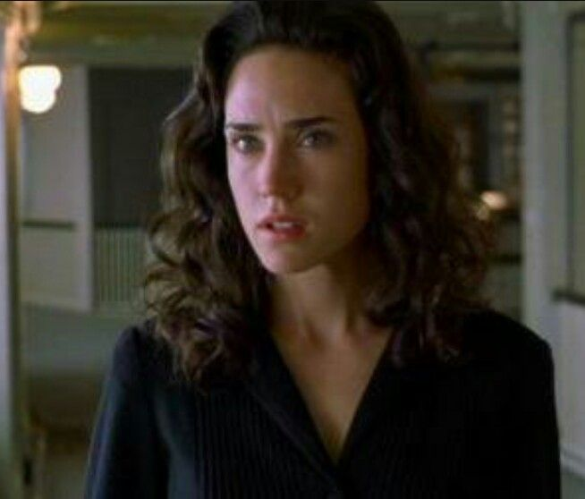 "Jennifer Connelly as Alicia Nash in the movie ""A Beautiful Mind"" with Russel Crowe, inspired by the figure of American mathematician John Forbes Nash jr. sick of paranoid schizophrenia & Nobel Prize Winner for Economy. Jennifer Connelly won the Academy Award for Best Supporting Actress #jenniferconnelly #russelcrowe #johnforbesnash #alicianash"