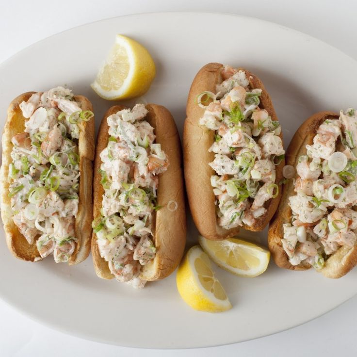 4cc16a856a3e3f54454b20091c0dad8a--buttered-corn-lobster-rolls.jpg
