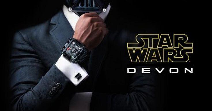 """Para todos aquellos fanáticos de Strar Wars, una compañía de relojes ubicada en Los Ángeles de nombre """"Devon Works"""" hizo la presentación de un reloj de lujo inspirado en el famosísimo personaje de dichas películas, Darth Vader. Esta compañía aprovecho que este año los fanáticos traen la euforia a lo que da por el estreno de la siguiente cinta de Star Wars """"The Force Awakens"""", para sacar el siguiente 1 de octubre este fantástico reloj del cual solo se fabricaron 500 piezas y cada uno con el…"""