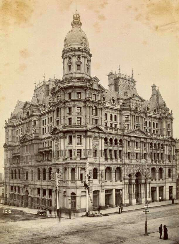 The Federal Hotel and Coffee Palace at the corner of King and Collins Streets,Melbourne in 1890.The Federal Hotel and Coffee Palace was the largest and grandest of all Melbourne's 19th century temperance hotels. Its exuberance and eccentric mixture of architectural styles over a massive 7 floors made it a landmark of Melbourne.