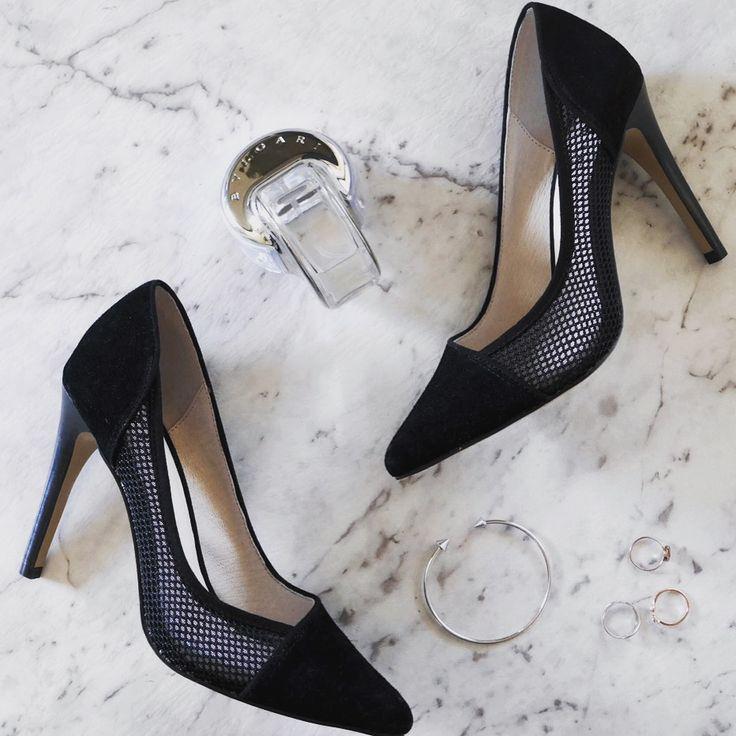 THEA // mesh panel pointy toe heels