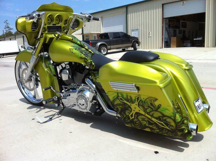 Custom Harley Davidson Baggers | ... Houston, Texas Custom Baggers Harley Davidson Audio and Parts