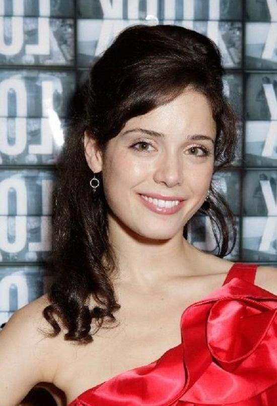 Ali Cobrin Nude Photos 22