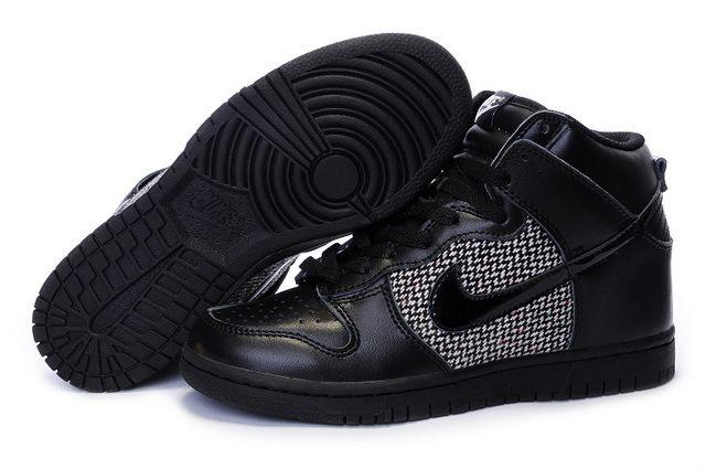 Nike-Dunk-High-Top-Women-Shoes-47-All-Black-White.jpg (640×425)