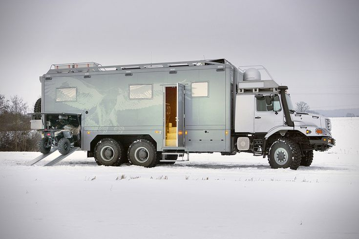 Mercedes-Benz® Zetros an all-wheel drive (6×6) luxury expedition vehicle