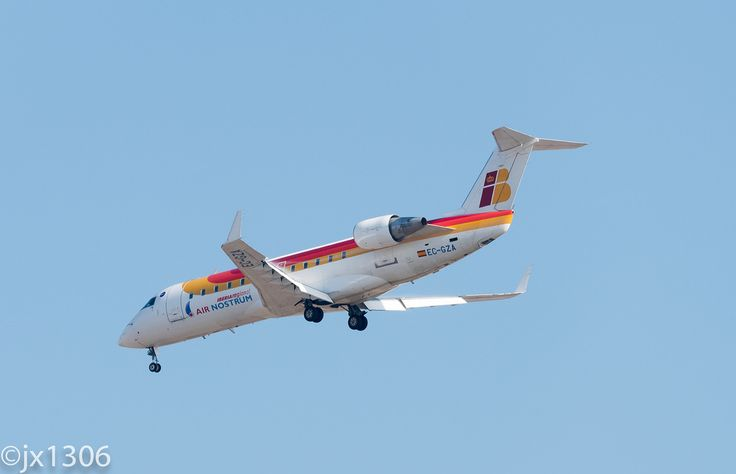 https://flic.kr/p/ZCT9jc | Air Nostrum EC-GZA, Bombardier CRJ-200ER