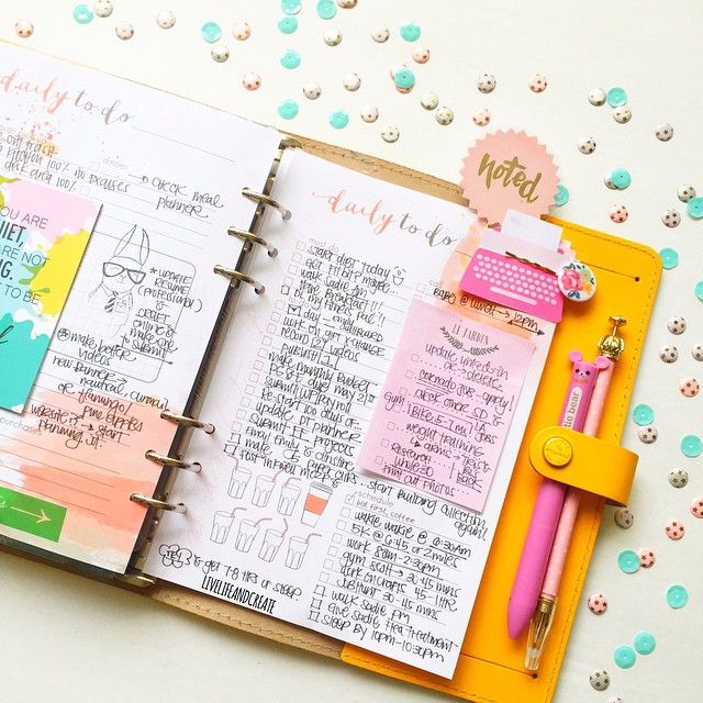 "livelifeandcreate: ""The night before I start on my daily to dos. I just love this section of my @cocoa_daisy inserts. It definitely keeps my day in order...."