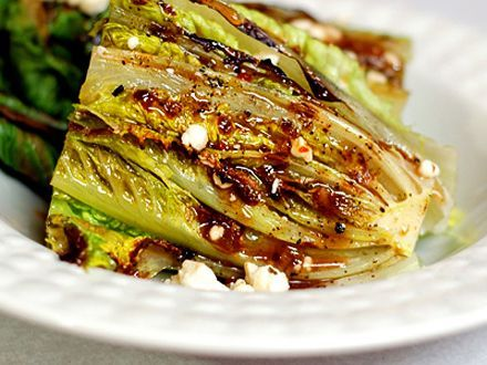 grilled romaine salad- okay so now I need a recipe