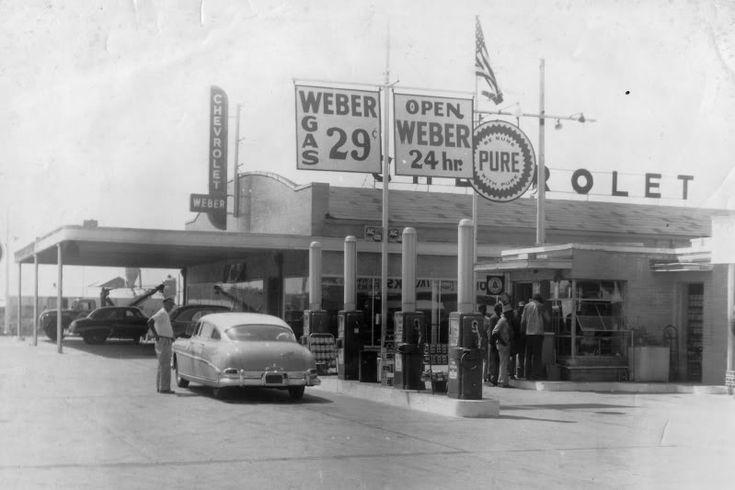 Pin By Jason Wolfe On Car Dealerships Old Gas Stations Used Car Lots Chevrolet Dealership