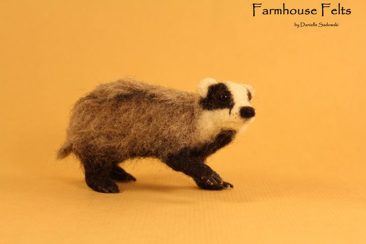 Needle Felted Badger by Farmhouse Felts - Trufflehunter from the Chronicles of…